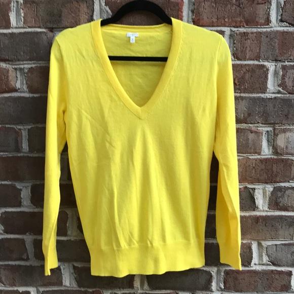 J. Crew Sweaters - Women s J Crew yellow v-neck sweater 8fe34a0c8b